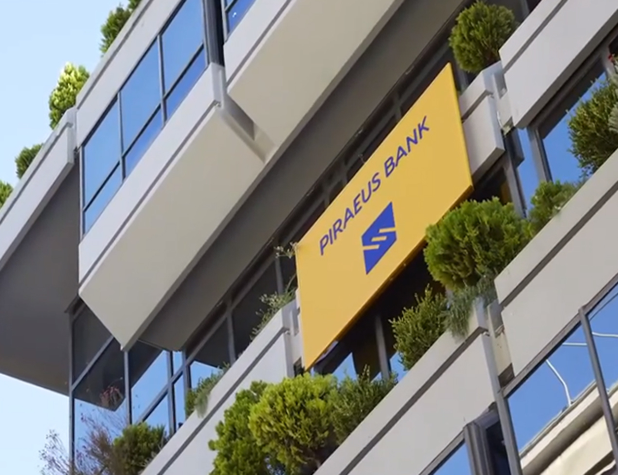 Client Success Story- Piraeus Bank drives operational excellence with Persistent